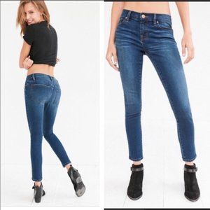 Urban Outfitters BDG skinny jeans size 27